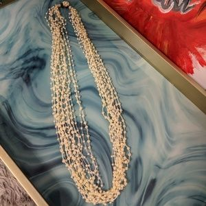 Jewelry - ✴️Vintage pearl necklace!